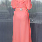 Model Naomi - Lososová | dlouhé lososové letní plážové šaty s kapucí přes plavky| Beach Swan