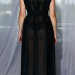 Model Afrodité - Černá | dlouhé černé letní plážové kimono přes plavky | Beach Swan