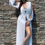 Model Lili - Bílá | dlouhé bílé letní plážové šaty na plavky | Beach Swan