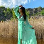 Model Queen - Světle zelená | dlouhé světle zelené letní plážové šaty na plavky | Beach Swan