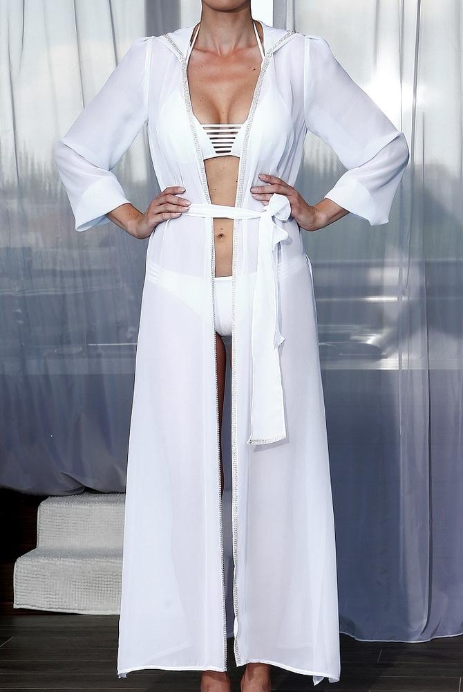 Model Naomi - Bílá | dlouhé bílé letní plážové šaty s kapucí na plavky| Beach Swan