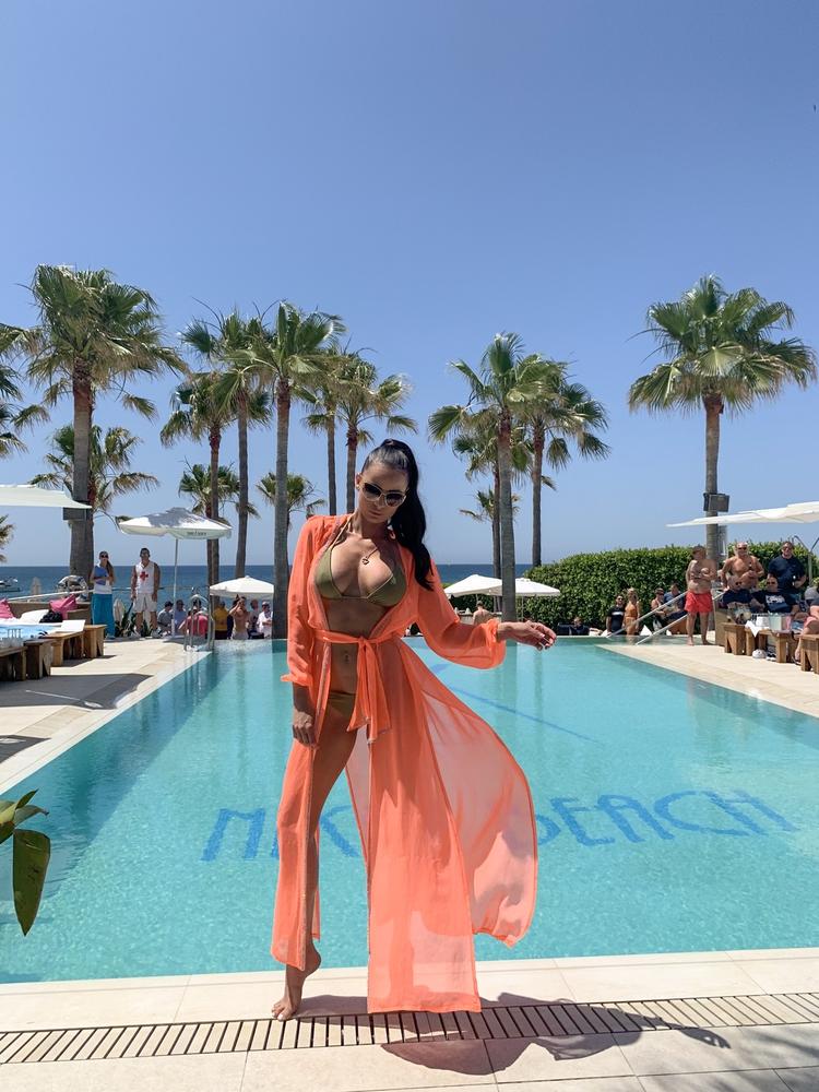 Model Naomi - Lososová | dlouhé lososové letní plážové šaty s kapucí na plavky| Beach Swan