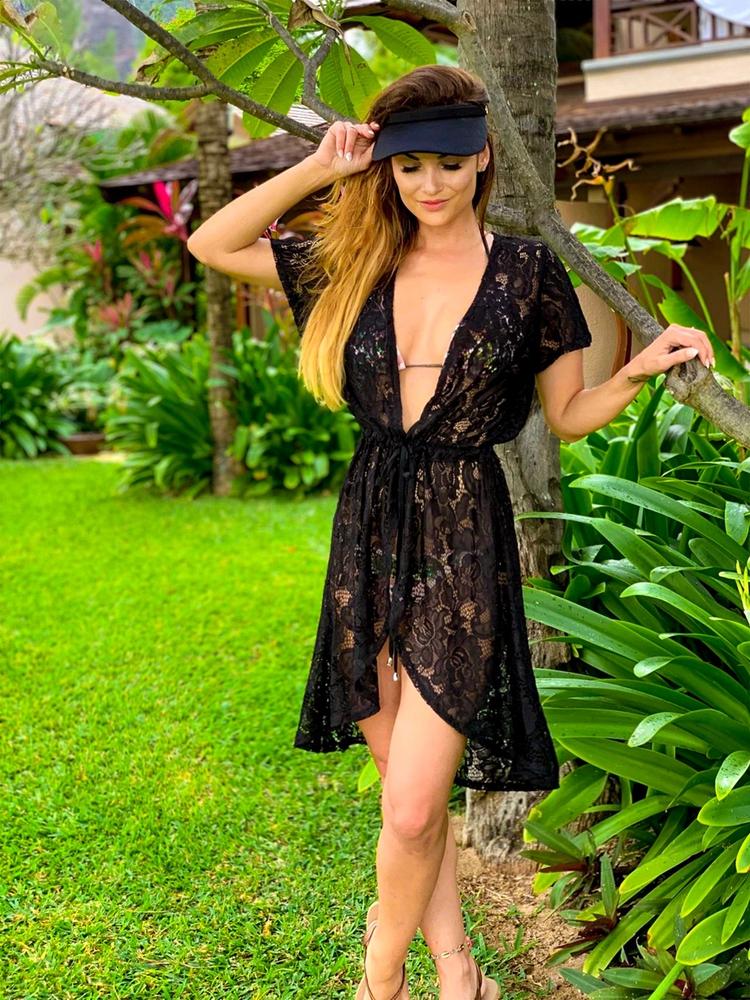 Jess - černá | krátké černé plážové přehozy přes plavky nebo plážové šaty| Beach Swan