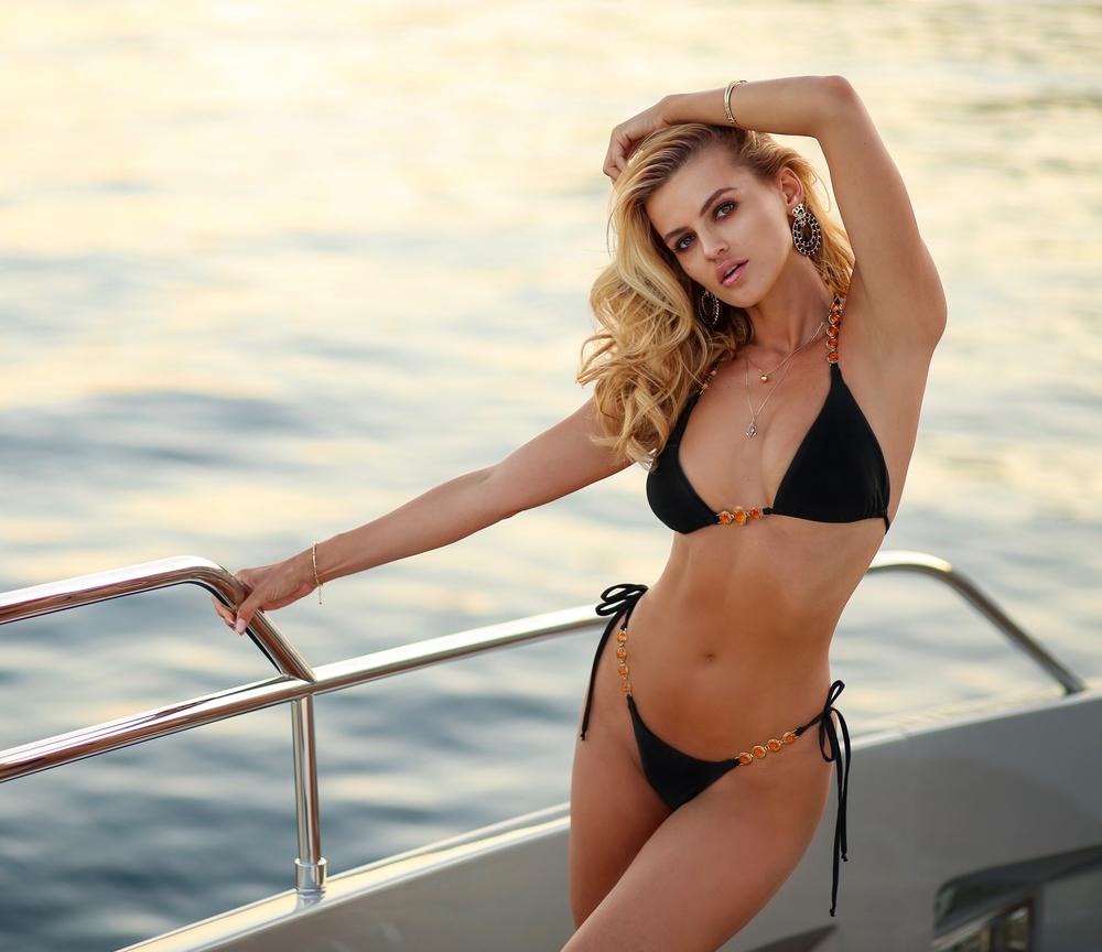Adrianne | Luxusní sexy černé dvoudílné dámské plavky | Beach Swan